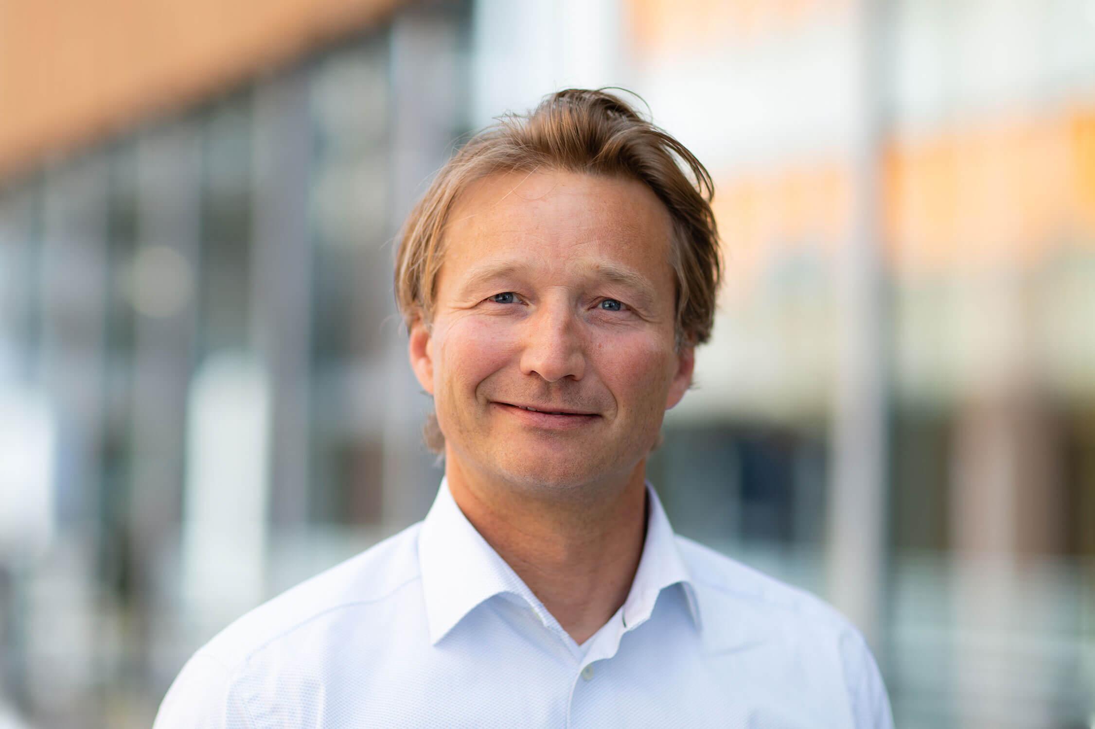 Richard E. Schiørn, EVP Solution & Delivery - Global Managed Services